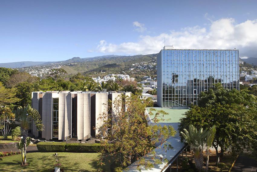 vue extérieure de l'Hémicycle départemental