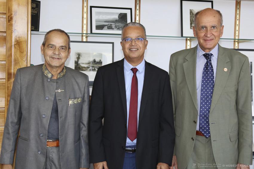 Marcel TECHER et Jacques BAILET dans le bureau de Cyrille MELCHIOR