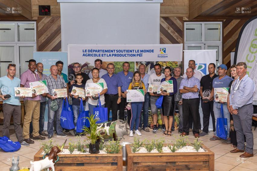 Remise des récompenses aux éléveurs à l'occasion de la 50ème Foire agricole de Bras Panon