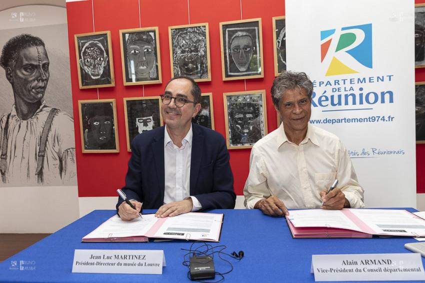 Alain Armand Vice-président du Département, représentant le Président Cyrille Melchior, et Jean Luc MARTINEZ, Président-Directeur du musée du Louvre