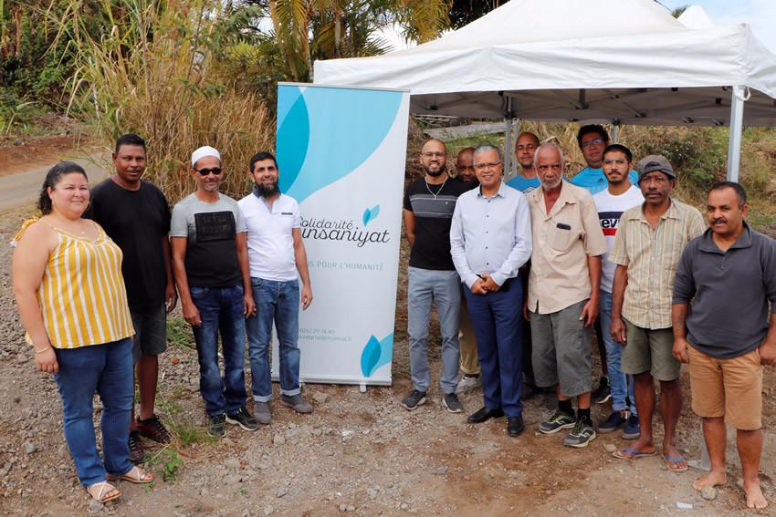 Cyrille Melchior et les membres de l'association Solidarité Citoyenne - Photo G.Lazarre