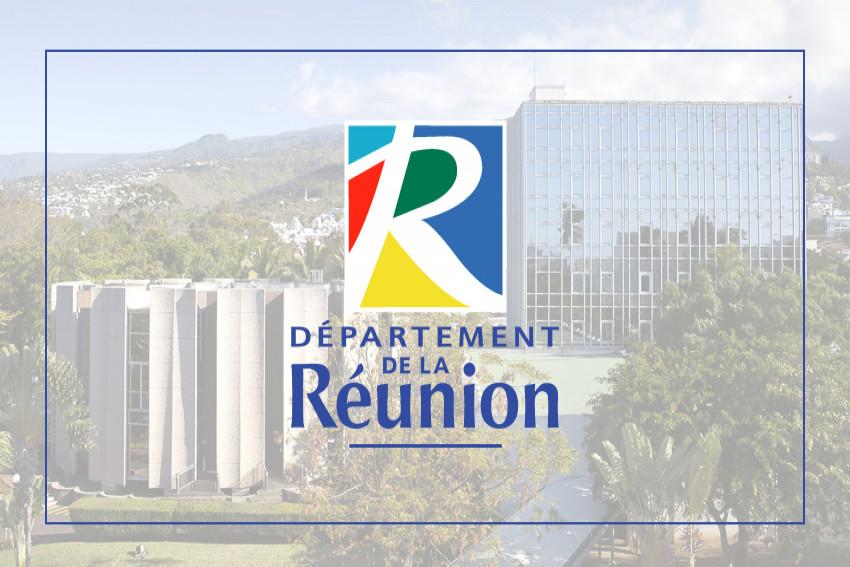 Logo du Département de La Réunion sur fond de photo du Palais de la Source