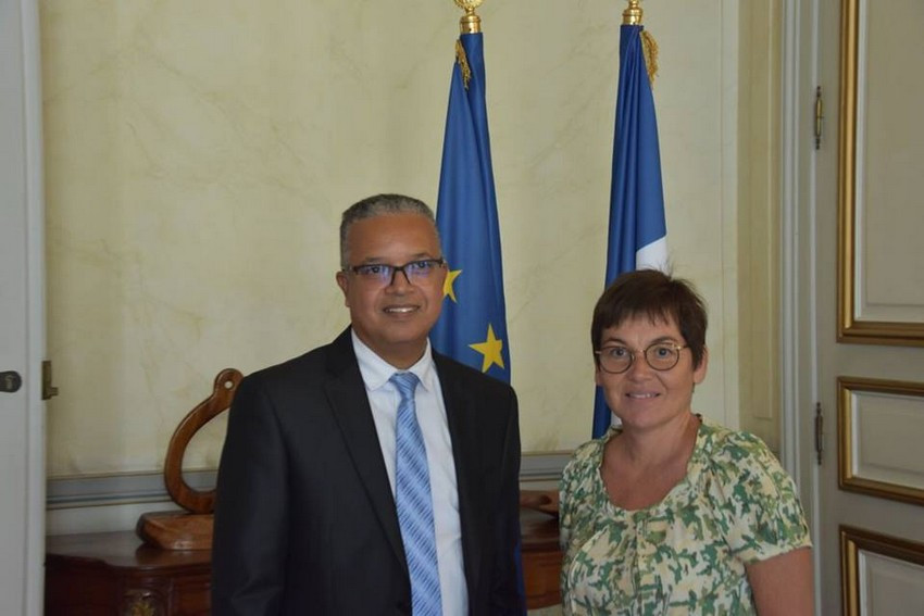 Rencontre a la reunion